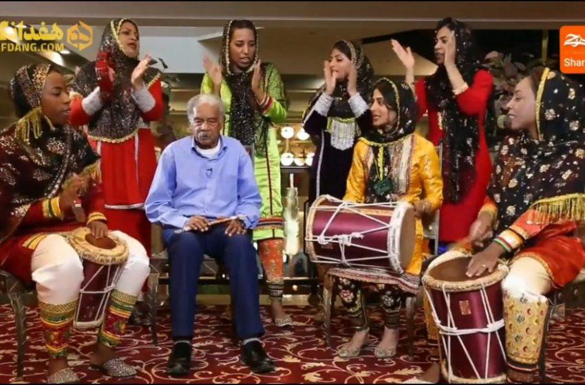 اجرای ترانه ی «ممد عیدلی» با خالو قنبر و دختران گروه کیدی